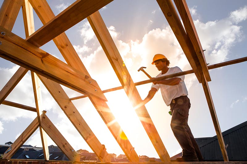 Construction_Worker_in_Sun